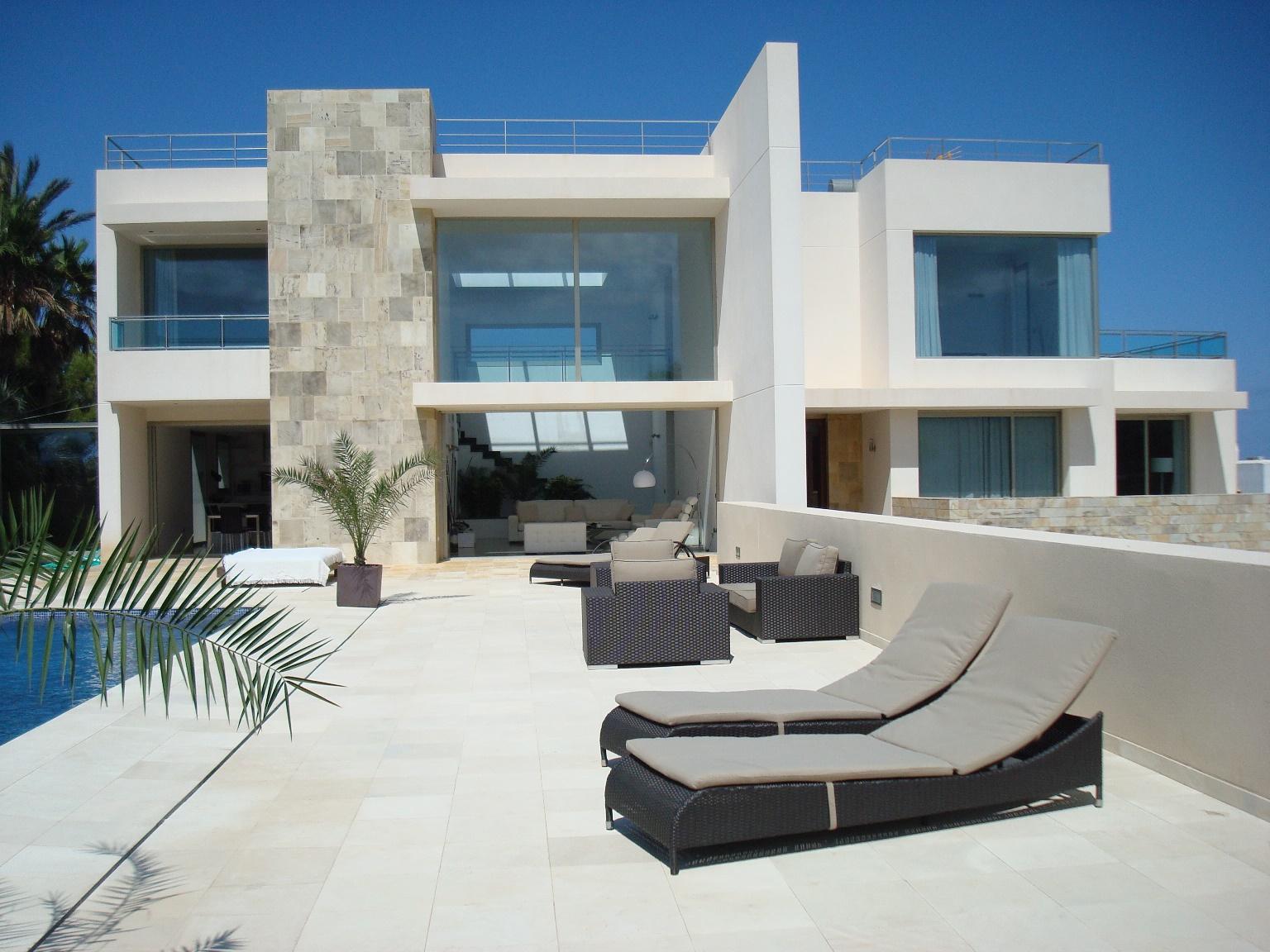 Alquiler vacacional en ibiza villas for Villa de casas